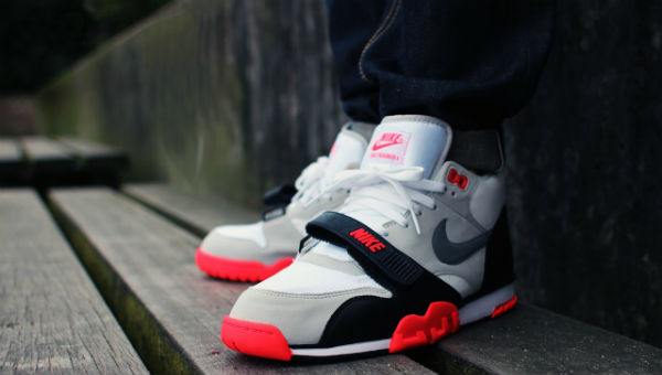 nike air trainer 1 infrared