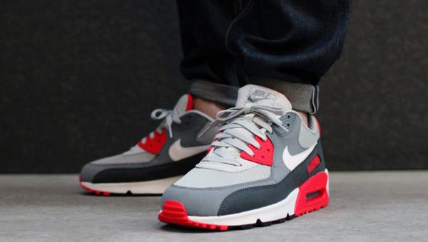Nike Air Max 90 Essential Dusty Grey