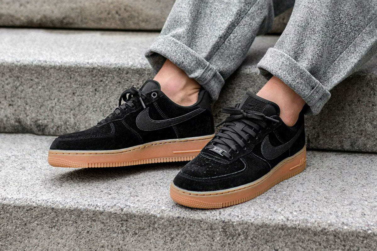 nike air force one lv8 suede shoes